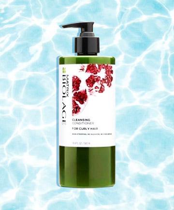 Matrix Biolage Cleansing Conditioner for Curly Hair nhẹ nhàng làm sạch tóc và cung cấp độ ẩm chăm sóc mái tóc xoăn luôn sáng bóng, mềm mượt