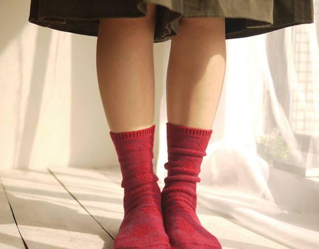 Những đôi tất chân bằng len ngộ nghĩnh này dành riêng cho những bạn gái đáng yêu