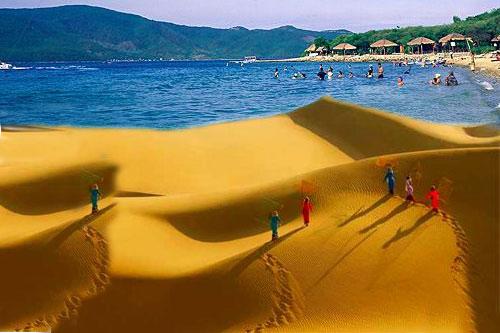 Không chỉ hấp dẫn bởi những bãi biển, hoang sơ tuyệt đẹp, Mũi Né - Phan Thiết còn thu hút du khách bởi những đồi cát vàng rực, trải dài mênh mông.
