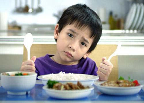 Các món ăn vặt làm thay đổi tín hiệu ăn uống của con người