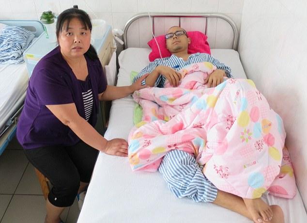 Công nhân sản xuất iphone 6 ở Trung Quốc chết vì ung thư máu