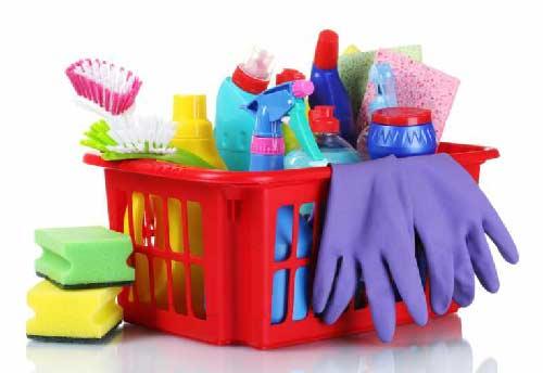 Đặt đồ dùng vệ sinh mọi nơi giúp tiết kiệm thời gian và dễ tiện tay dọn dẹp một số công việc