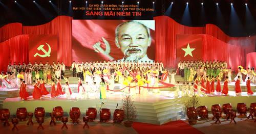 Dự kiến có 1500 diễn viên tham gia chương trình 'Sắt son niềm tin' chào mừng thành công của Đại hội Đảng XII
