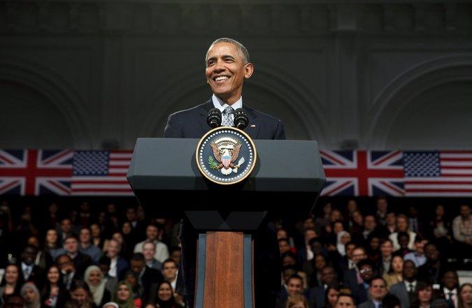 Ông Obama đã có cuộc gặp tại Royal Horticultural Halls (Anh) vào ngày thứ 7