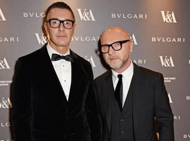 Hai nhà thiết kế nổi tiếng Domenico Dolce và Stefano Gabbana bị cáo buộc với tội danh trốn thuế