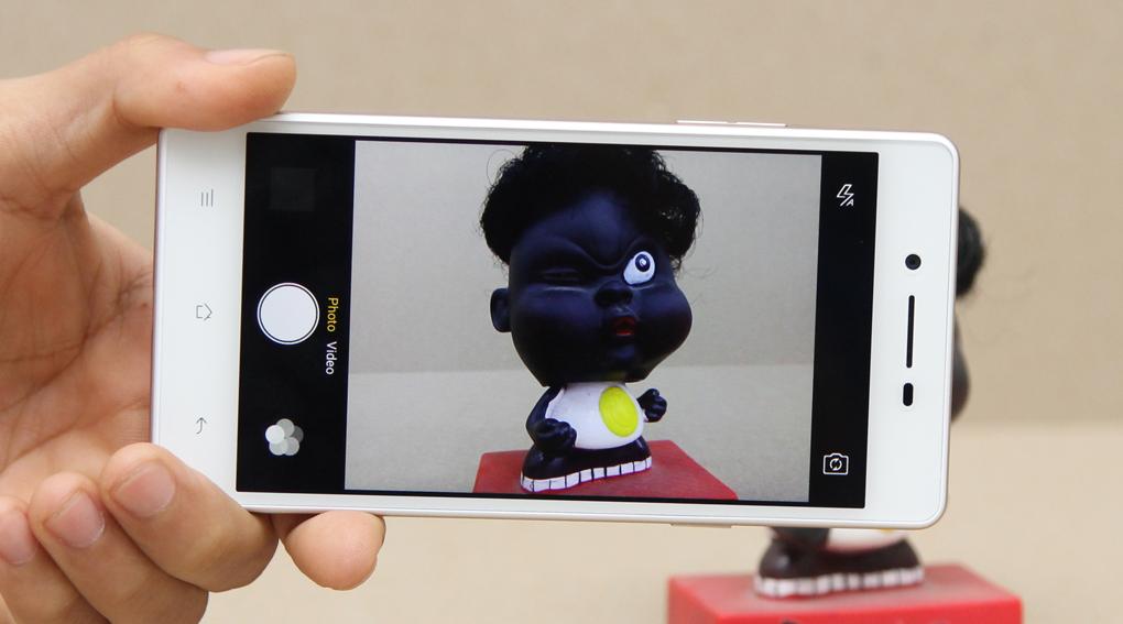 OPPO Neo 7 có camera chính 8MP