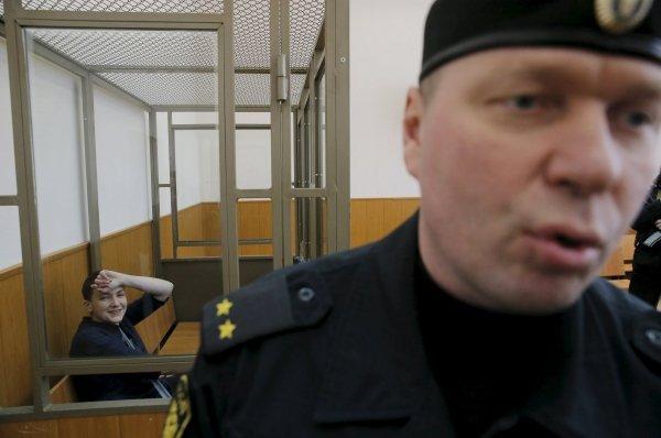 Svachenko khi nghe phán quyết từ tòa án. Ảnh: Reuters