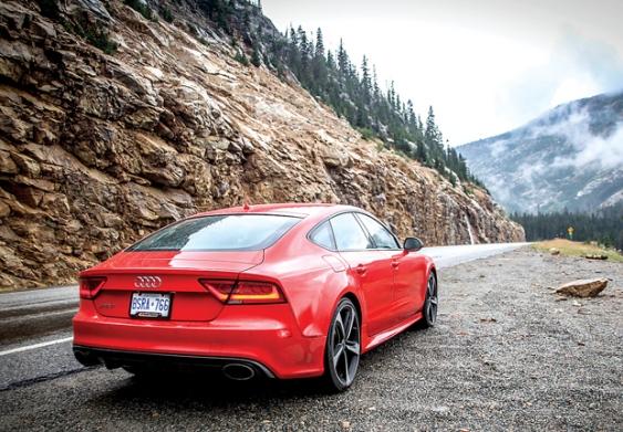 Siêu xe Audi RS 7 -con quái vật mạnh mẽ