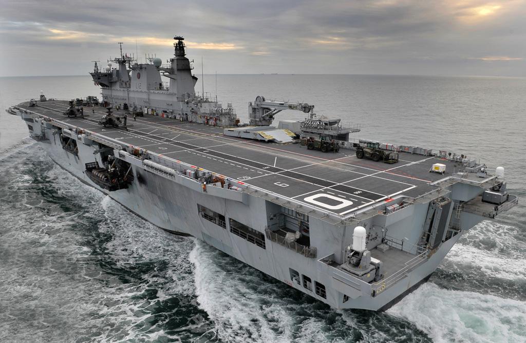 tàu chiến đổ bộ chở trực thăng HMS Ocean sẽ lên đường vào ngày 26/5
