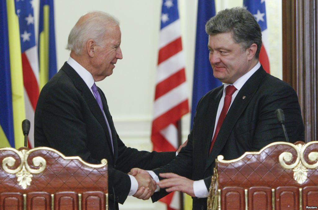 Tình hình Ukraine mới nhất: Phó Tổng thống Mỹ và Tổng thống Ukraine nhất trí gắn liền lệnh ngừng bắn với lệnh trừng phạt lên Nga
