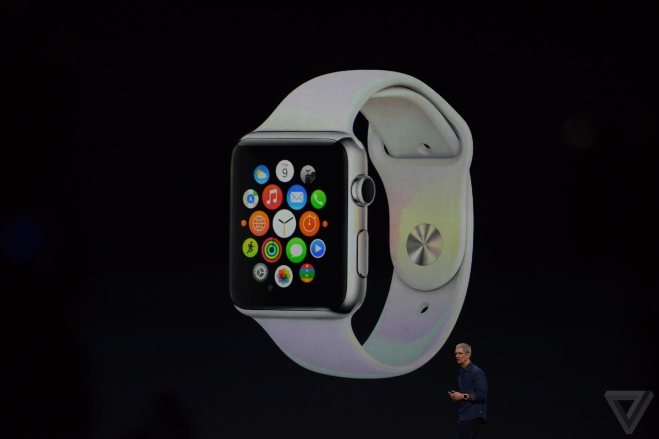 Apple Watch tương thích với iPhone 6, iPhone 6 Plus, iPhone 5, iPhone 5C và iPhone 5S.