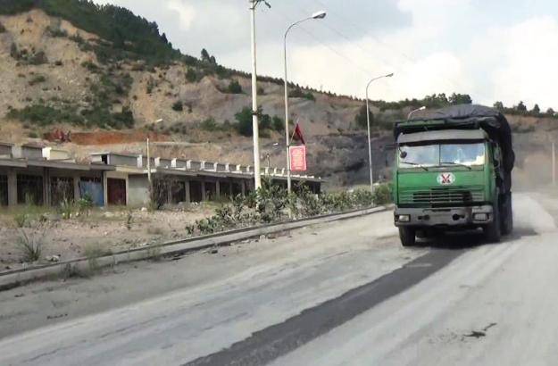 Xe quá tải thành phố Uông Bí