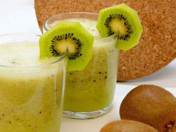 Cách làm sinh tố kiwi
