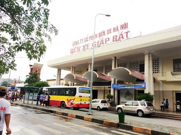Đóng cửa bến xe Giáp Bát, Gia Lâm vào năm 2020: Nhà xe và người dân nói gì?