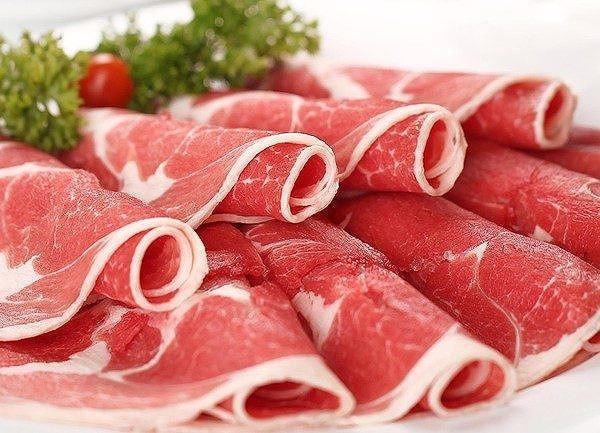 Ăn nhiều thịt đỏ cũng có thể gây bệnh ung thư vòm họng. Ảnh minh họa