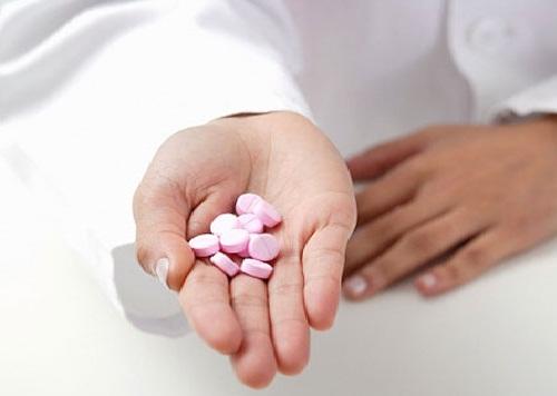 Dùng thuốc chống động kinh trong khi mang thai có thể sinh con dị tật. Ảnh minh họa