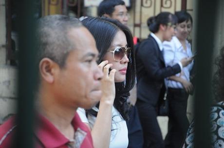 Năm 2007 với tổng giá trị tài sản là 677,7 tỷ đồng, bà đứng vị trí thứ 4 trong top 10 người phụ nữ giàu nhất thị trường chứng khoán Việt Nam.