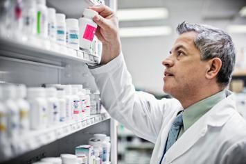 Dược phẩm là ngành đầu tư lớn vào KHCN