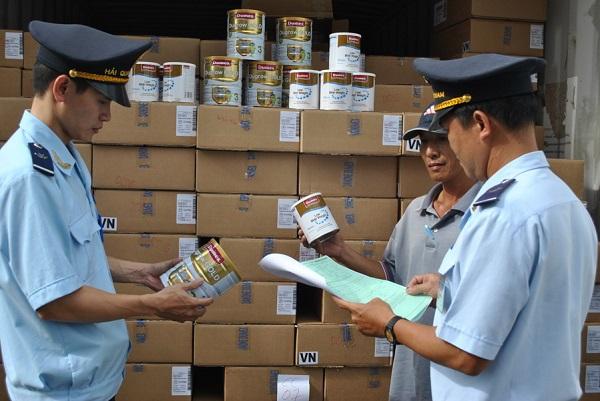 Hội thảo Rà soát hàng hóa nhóm 2 và các văn bản quy phạm pháp luật (VBQPPL) về thông quan hàng hóa xuất nhập khẩu.