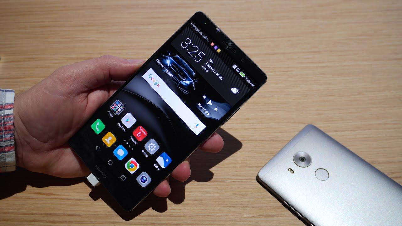 Máy rất lớn với màn hình 6 inch dù độ phân giải chỉ là Full HD nhưng viền màn hình rất mỏng, chạy Android 6.0 với vi xử lý HiSilicon Kirin 950 do Huawei sản xuất, bộ nhớ trong của Mate 8 có các phiên bản 32/64/128GB trong đó bản 32GB thì RAM là 3GB còn hai bản lớn hơn RAM là 6GB.