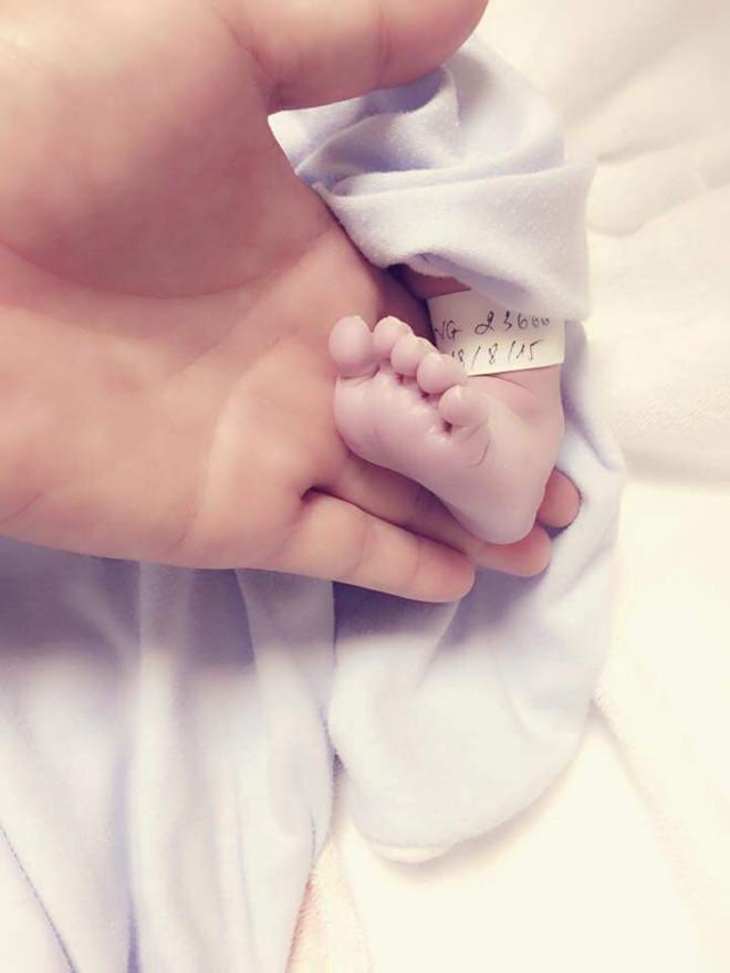 Kiwi Ngô Mai Trang sinh con trai thứ hai