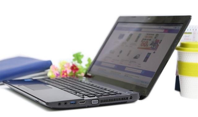 laptop gá rẻ Toshiba thiết kế bền đẹp, cấu hình mạnh mẽ rất ấn tượng