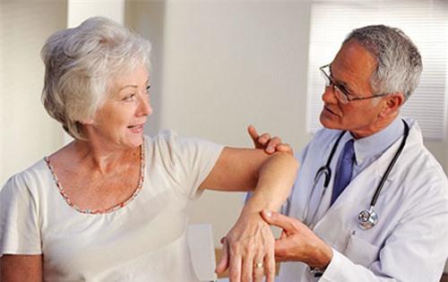 Bệnh thấp khớp ảnh hưởng tới chật lượng cuộc sống của người bệnh