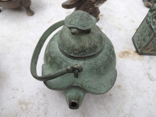 Chiếc ấm đun nước được cho là sản phẩm rất hiếm của đời xưa để lại