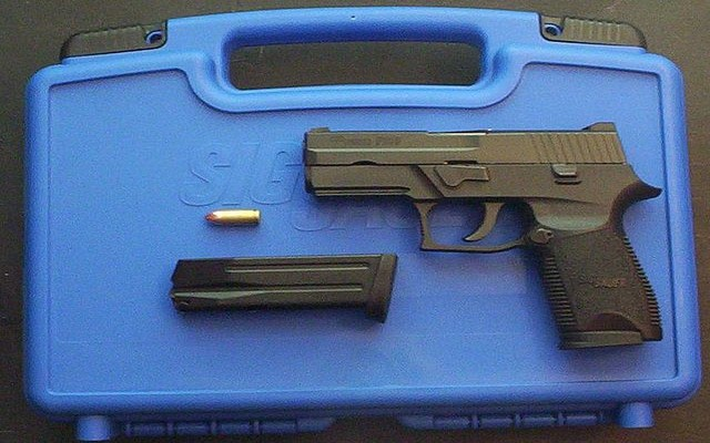 SIG P250 là một trong những khẩu súng tốt nhất thế giới