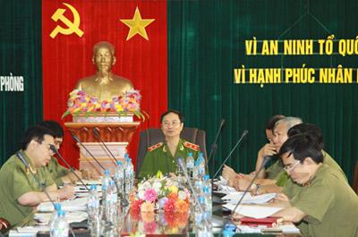 Ngày 30/5, Trung tướng Phạm Quý Ngọ, Ủy viên Trung ương Đảng, Thứ trưởng Bộ Công an, kiểm tra công tác ANTT tại Hải Phòng