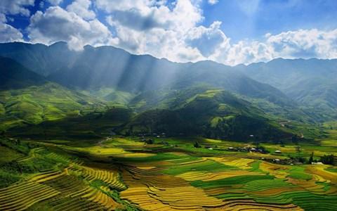 Đất trời Mù Cang Chải, sơn thủy hữu tình. Ảnh Công An Thành Phố Hồ Chí Minh