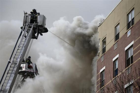 Sập chung cư ở New York, Mỹ