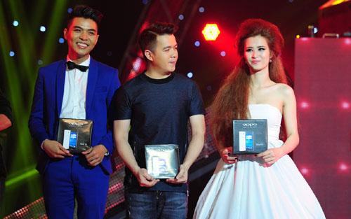 Đông Nhi bất ngờ vượt qua Sơn Tùng M-TP về nhất trong The Remix đêm diễn thứ 6