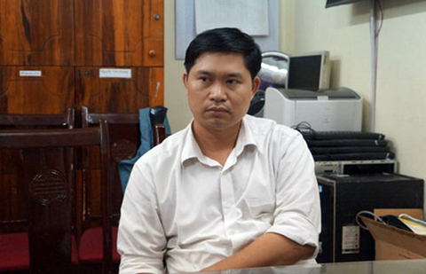 Bác sĩ Nguyễn Mạnh Tường tại cơ quan công an