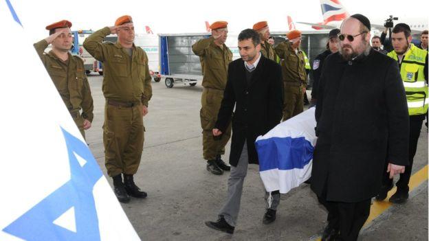 Thi thể các nạn nhân Israel được hồi hương