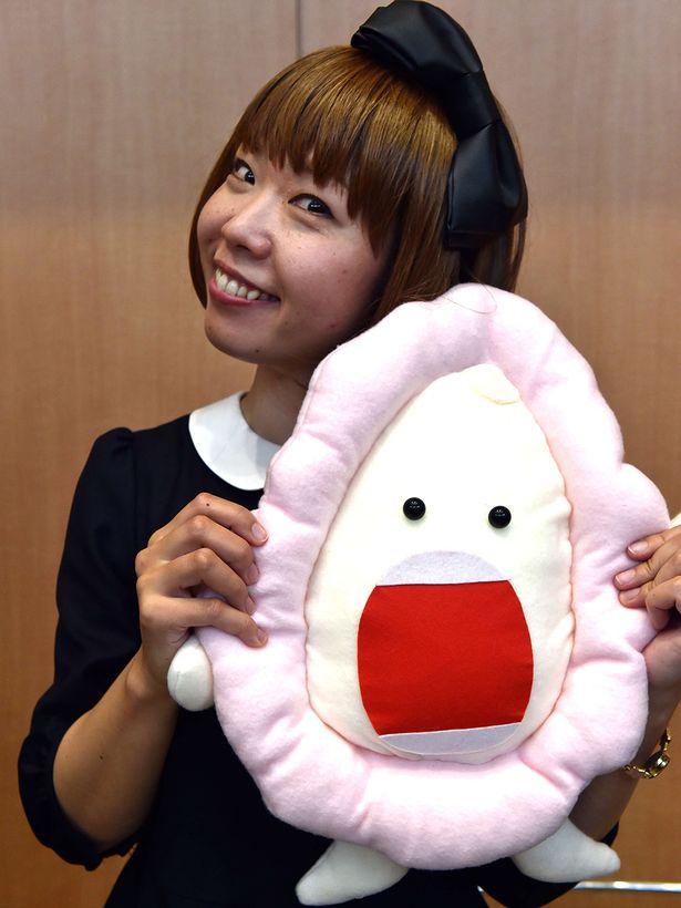 Ngoài chiếc thuyền độc đáo ra, cô Megumi còn sở hữu nhiều đồ vật hình âm đạo. Ảnh Mirror