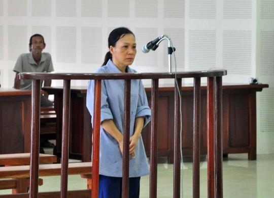 Môi giới hối lộ, thẩm tra viên chịu án tù 3 năm