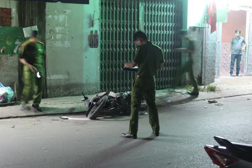 Hiện trường vụ án mạng nghiêm trọng tại quận Bình Tân, TPHCM khiến nam thanh niên mất mạng