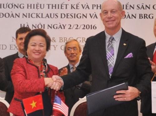 Bà Nguyễn Thị Nga từng được Forbes đánh giá là nữ doanh nhân quyền lực châu Á, song với bà, niềm vui lớn nhất giờ đây là tạo ra những công trình, dự án đẹp cho đời, góp phần nâng cao chất lượng cuộc sống cho người dân Việt Nam, đóng góp nhiều hơn cho kinh tế, xã hội.