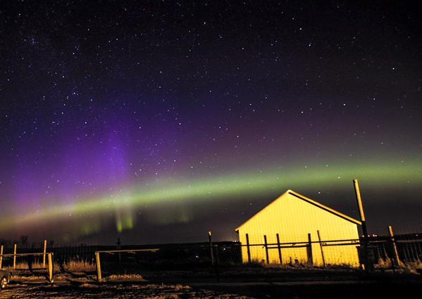 Những ánh sáng bí ẩn đẹp lạ kỳ trên bầu trời nước Mỹ