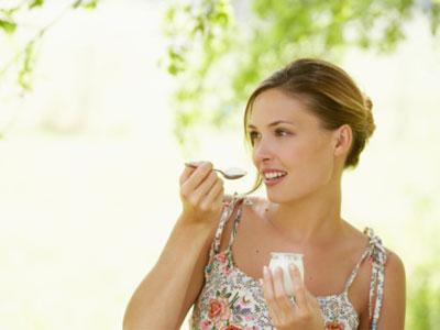 Ăn sữa chua có tăng cân không là thắc mắc của nhiều người