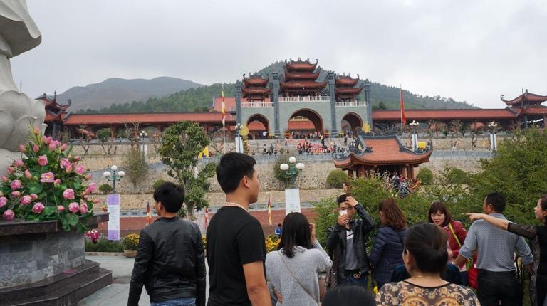 Với những giá trị về lịch sử, tâm linh, chùa Ba Vàng đang trở thành một điểm đến hấp dẫn của du lịch tâm linh tại Việt Nam và là địa chỉ hành hương tin cậy của đông đảo tăng ni, phật tử khắp mọi miền tổ quốc.