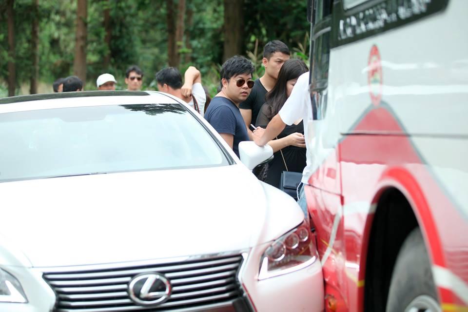 Ca sĩ Quang Lê có mặt trên chiếc xe gây tai nạn giao thông ở Sa Pa