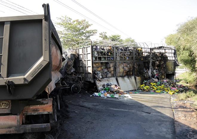 Hiện trường vụ tai nạn giao thông nghiêm trọng khiến 2 người tử vong