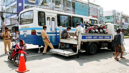 Hiện trường vụ tai nạn giao thông thương tâm khiến bé trai 2 tuổi thiệt mạng