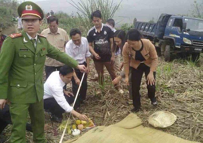 Hiện trường vụ tai nạn giao thông xảy ra tại xã Thạch Tượng làm 1 người chết, 14 người bị thương sáng 20/3