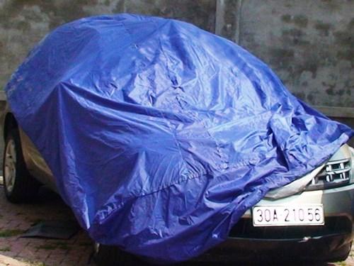 Chiếc xe ô tô do ông Trần Báu Hà điều khiển và gây tai nạn giao thông làm một người bị thương