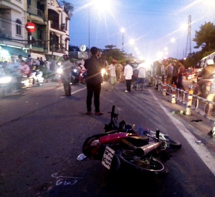 Hiện trường vụ tai nạn giao thông khiến nam sinh tử vong