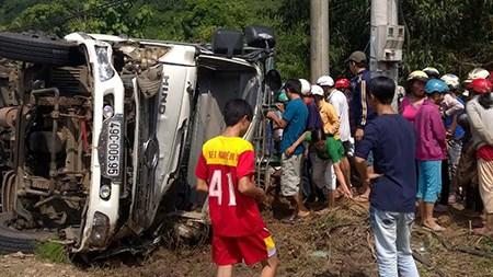 Người dân đã mua vịt ủng hộ tài xế sau vụ tai nạn giao thông