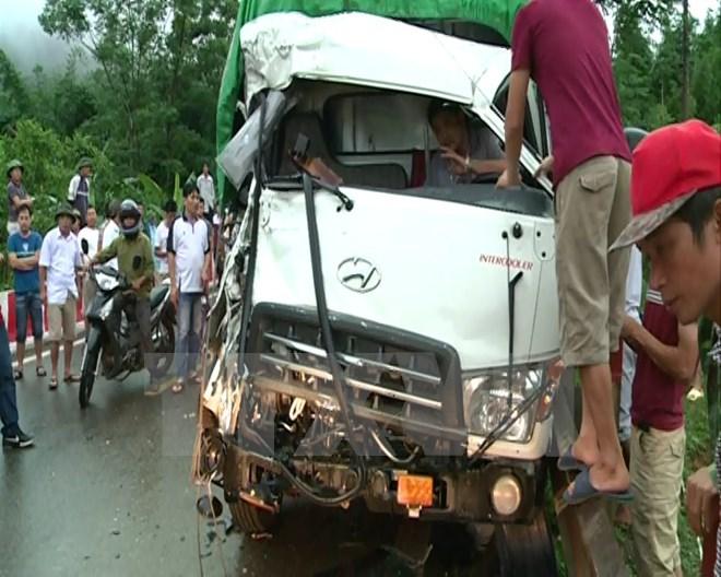 Hiện trường vụ tai nạn giao thông khiến 2 người bị thương tại tỉnh Hòa Bình